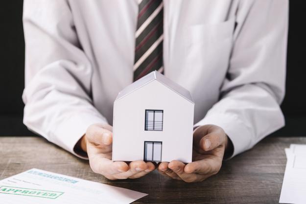 Vous détenez un crédit immobilier à Reims et vous souhaitez faire le point? Contactez votre conseiller 3H Conseils : 3hconseils@orange.fr & 03.26.24.37.40
